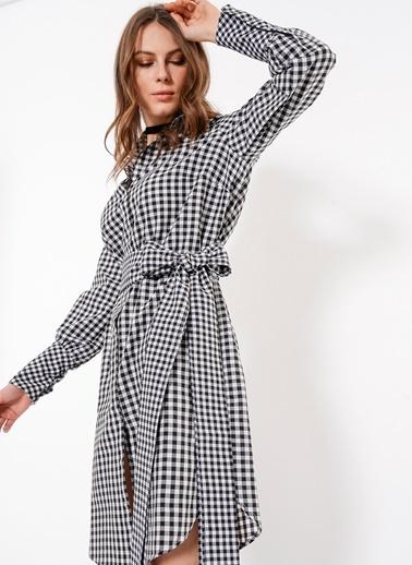 Ola Ola - Çıtçıtlı Kuşaklı Ekose Elbise